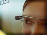 800px-Google_Glass_detail.jpg